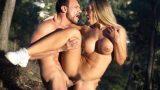 Briana Banderas – Blondie wurde von einem Holzfäller (DDFNetwork) in den Wald gefickt